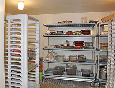 部門ごとに分けられた冷蔵庫