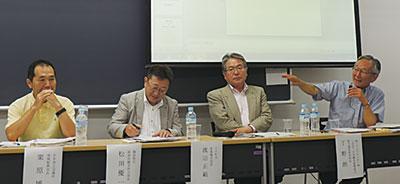 (右)から丁野氏、渡邊氏、松田氏、栗原氏