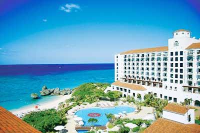 ホテル日航アリビラで極上のリゾート体験