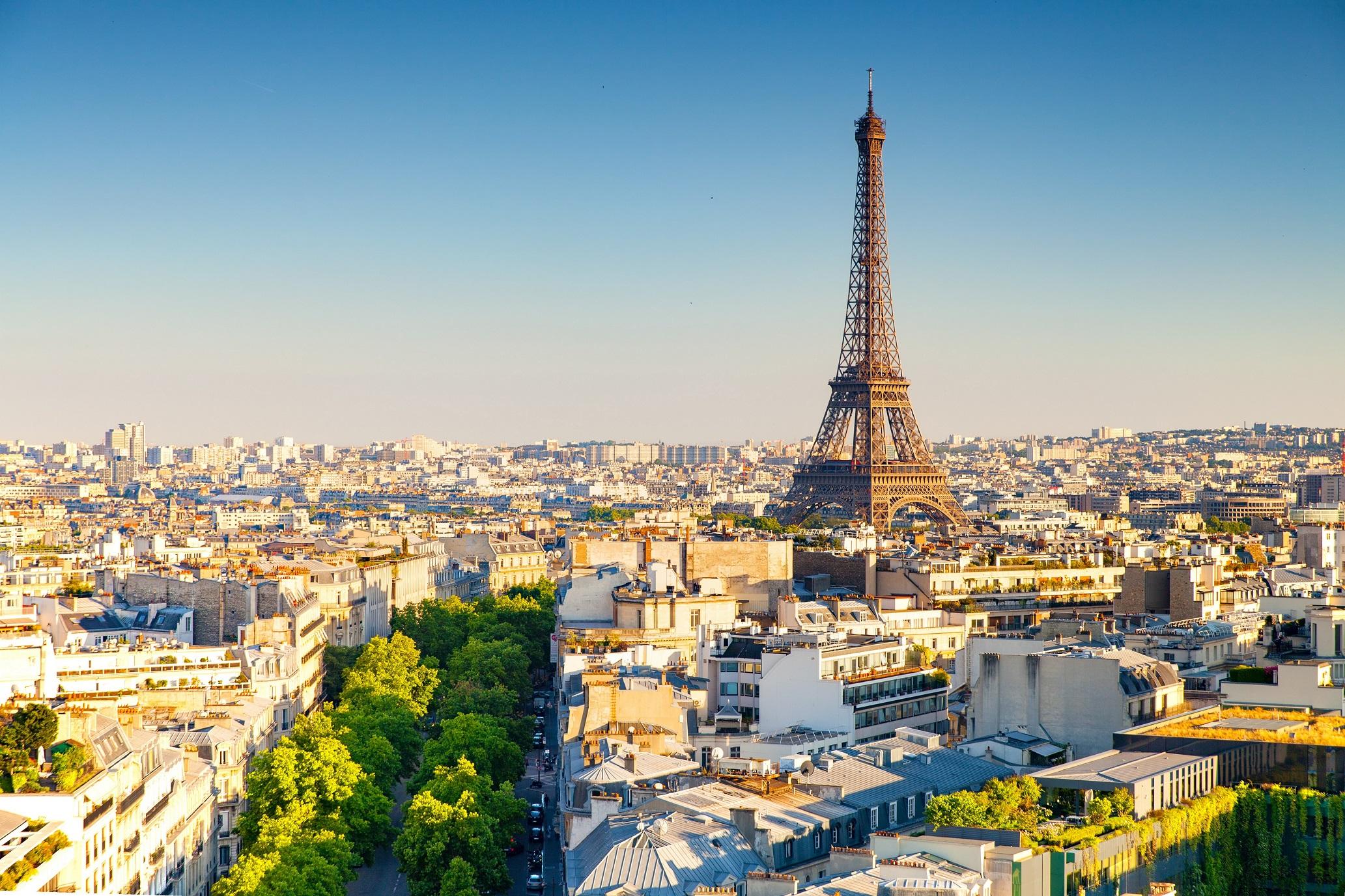 世界の人気観光地1位はパリ トリ...