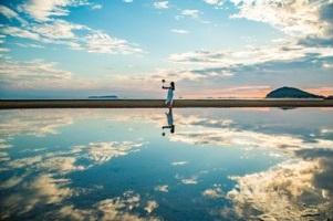 塩 湖 ウユニ 日本