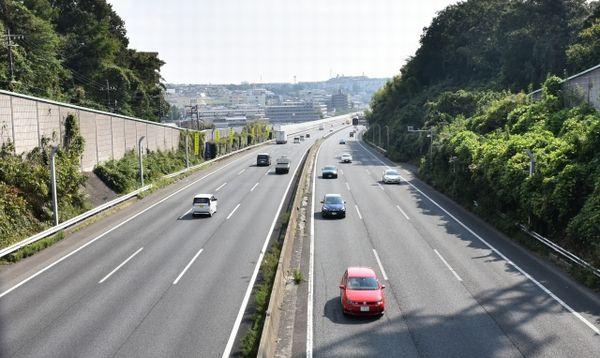 高速 中 道路 日本
